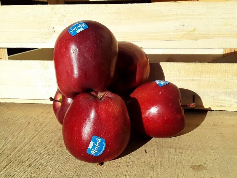Mele Cassetta Grande di Frutta